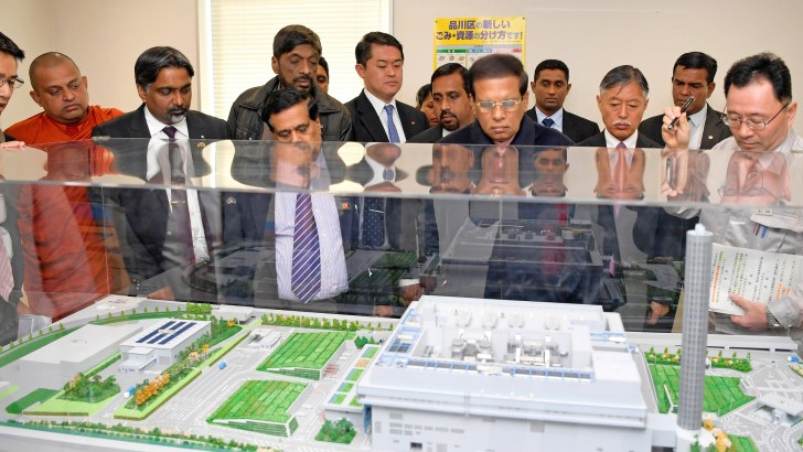 President visits modern waste management centre in Tokyo